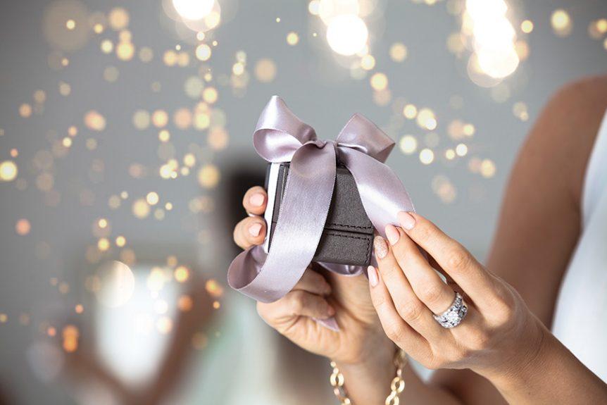 Cadeaux-bague-de-fiançailles